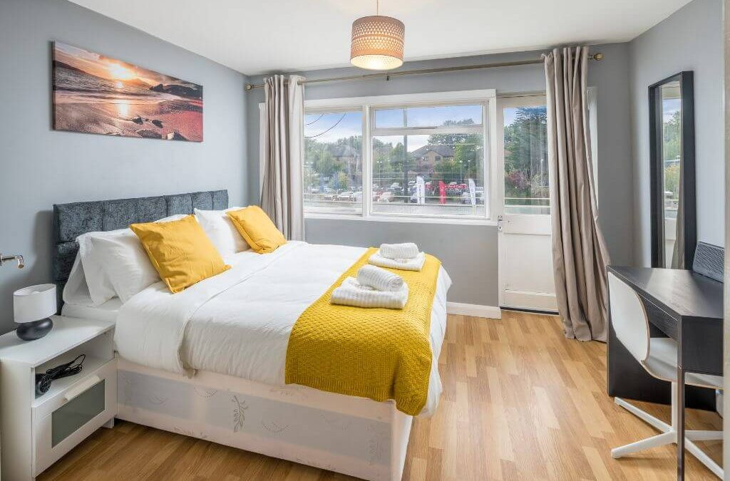 Crawley Serviced Apartment by Gatwick Airport